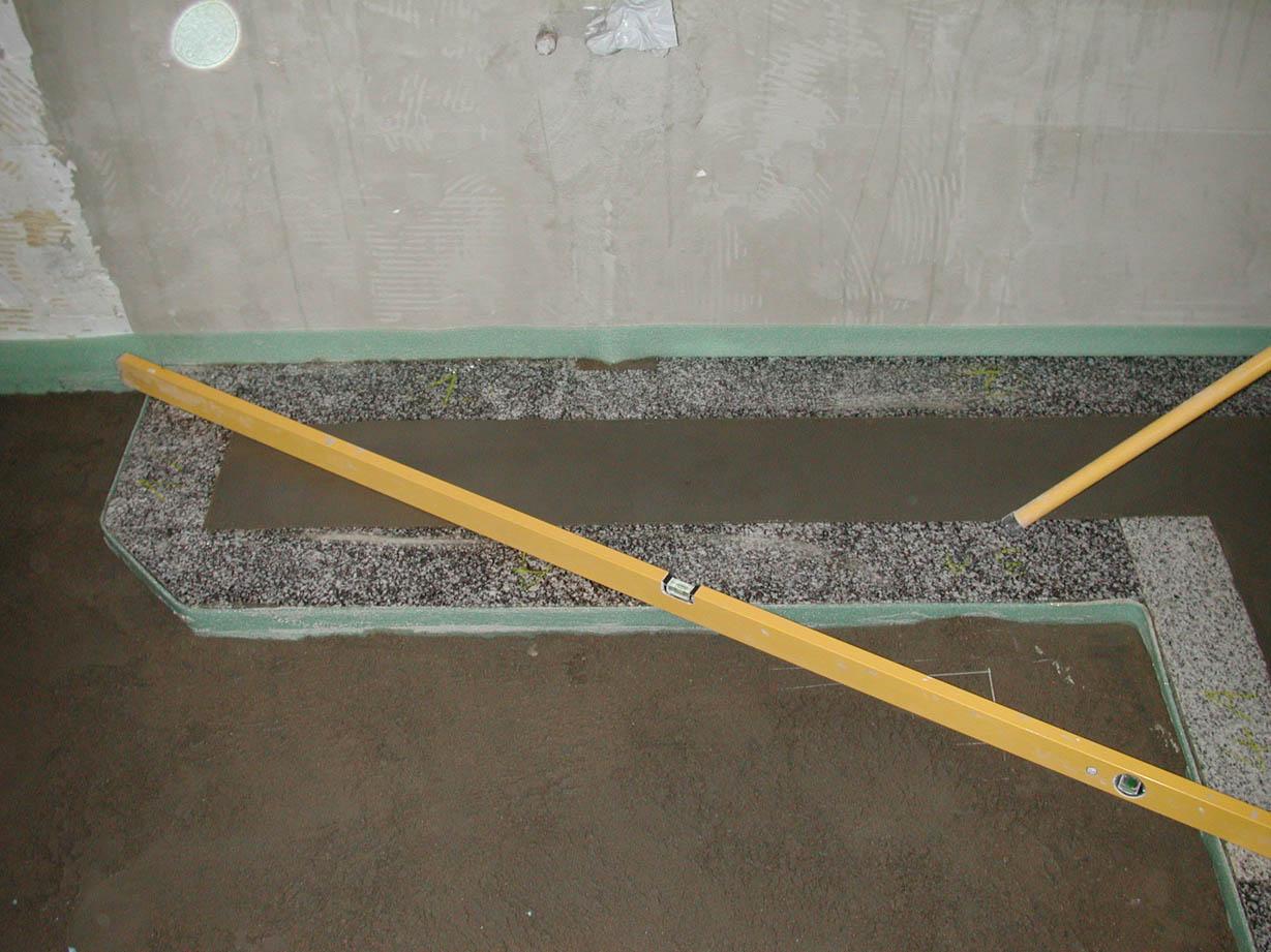 Messungen im Badezimmer, Beginn des Einbaus